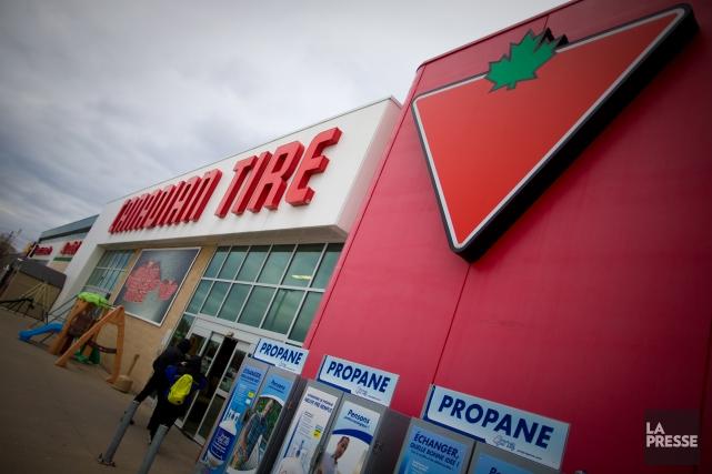 La Société Canadian Tire a affiché jeudi un bénéfice net attribuable aux... (PHOTO ANDRÉ PICHETTE, ARCHIVES LA PRESSE)