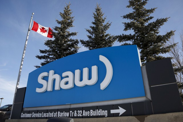 Shaw Communications vend 100% de sa filiale Shaw... (La Presse Canadienne, Jeff McIntosh)
