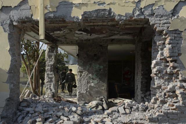 L'attaque de Jalalabad, grande ville de l'est afghan... (Photo Noorullah Shirzada, AFP)