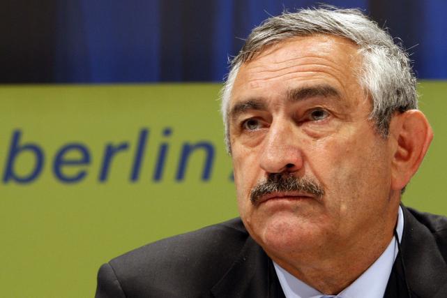L'ex-secrétaire général de la Fédération internationale d'athlétisme, Pierre... (Photo Michael Sohn, archives AP)