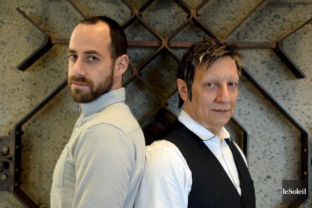 RobertLepage et Jean-PierreCloutier partagent la scène et la... (Le Soleil, Erick Labbé)