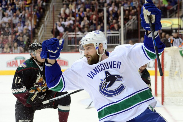 Chris Higgins... (PHOTO REUTERS)