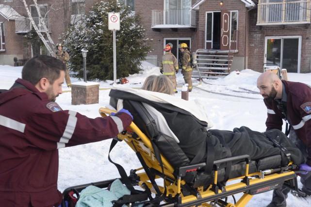 Une dame incommodée par de la fumée a dû être transportée au centre hospitalier... (Sylvain Mayer)