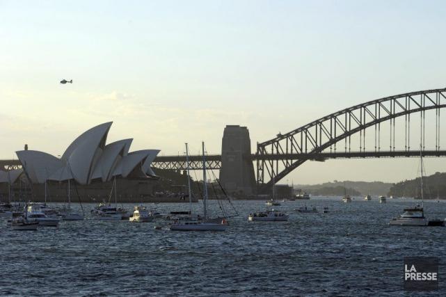 L'emblématique Opéra de Sydney a été bouclé pendant une heure et demie jeudi en... (Photo AFP)