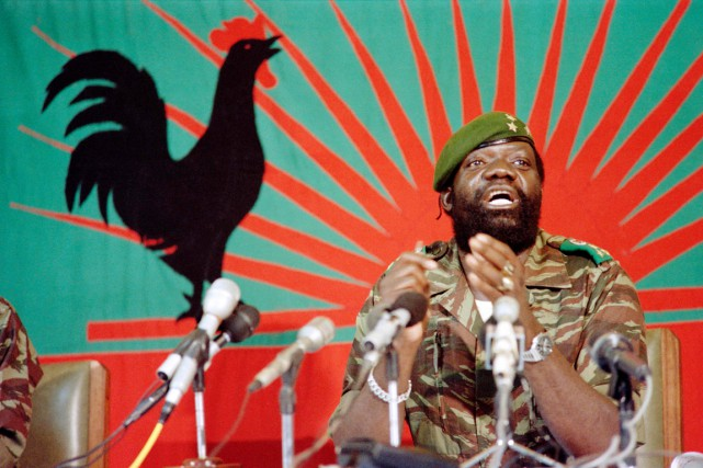 Jonas Savimbi photographié en décembre 1985 à Jamba,... (PHOTO CHRISTIAN CHAISE, ARCHIVES AFP)
