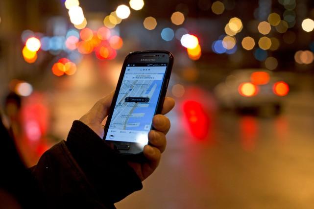 «Cette fâcheuse pratique d'Uber d'augmenter les prix en... (PHOTO OLIVIER JEAN, LA PRESSE)