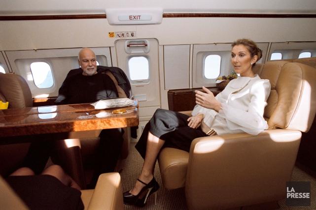 René Angélil et Céline Dion dans l'avion qui... (Archives La Presse)