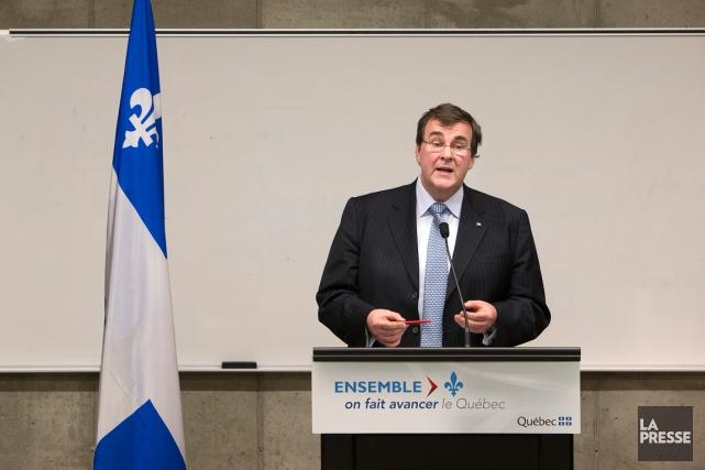 Le ministre de l'Éducation François Blais... (PHOTO ROBERT SKINNER, ARCHIVES LA PRESSE)
