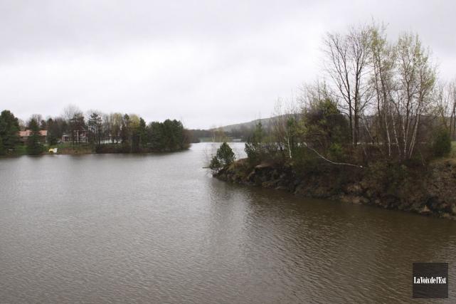 Le comité de sauvegarde du bassin versant du... (Alain Dion, archives La Voix de l'Est)