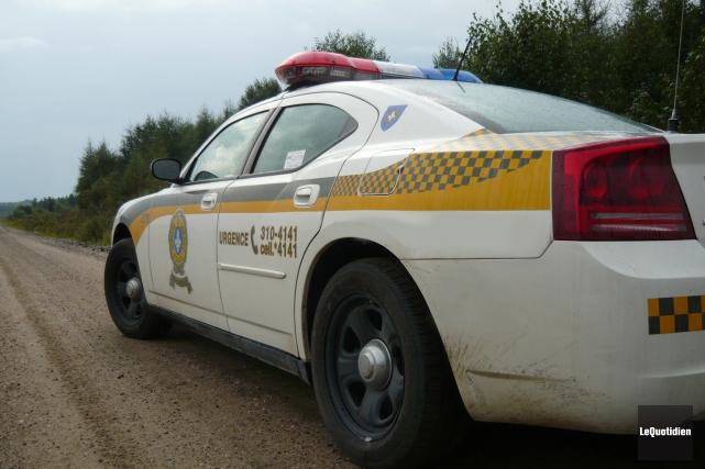 Un motoneigiste a été sérieusement blessé, vendredi matin à Alma, après avoir... (Archives Le Quotidien)