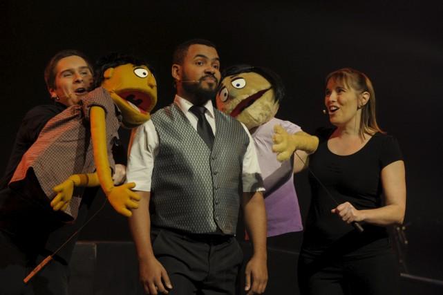 La troupe des Productions de la 42e rue... (Sylvain Mayer)