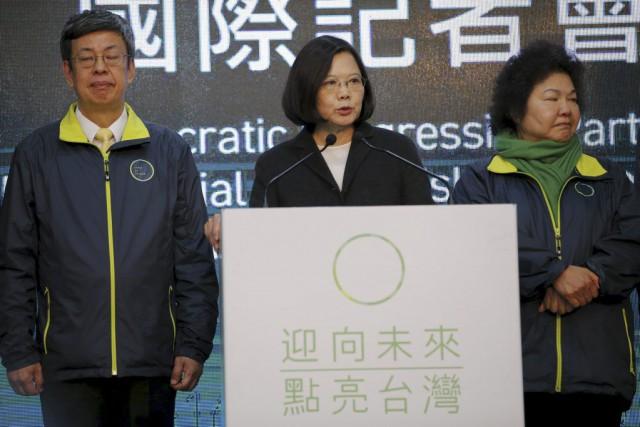 La victoire de Tsai Ing-wenva inévitablement compliquer, voire... (PHOTO DAMIR SAGOLJ, REUTERS)