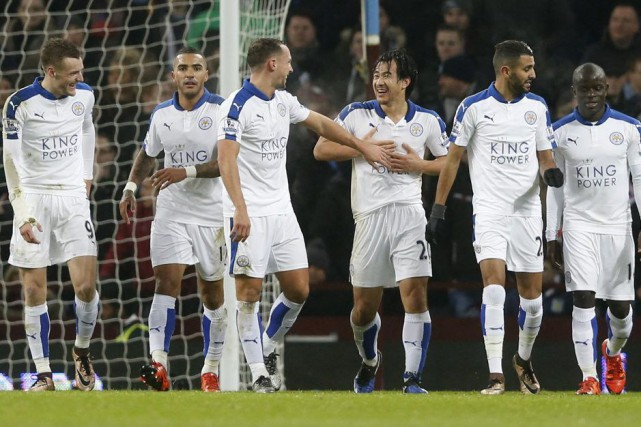 Leicester devance par un petit point suffisant le... (PHOTO CARL RECINE, REUTERS)