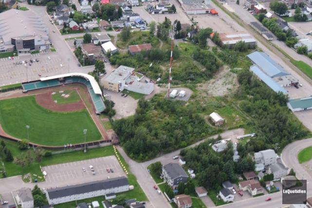 Le centre-ville de Jonquière en vue aérienne.... (Archives Le Quotidien)
