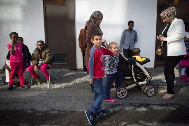 Des réfugiés syriens à Vancouver.... (Archives, La Presse Canadienne)