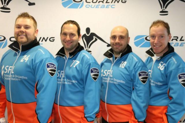 Pierre-Luc Morissette, Robert Desjardins (Chicoutimi), Thierry Fournier et... (Photo courtoisie, Rick Sauvé)