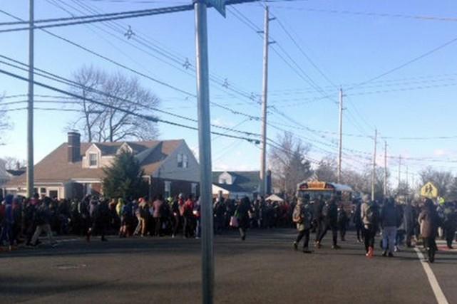 Les établissements sont des écoles secondaires et primaires... (IMAGE NBC NEW YORK)