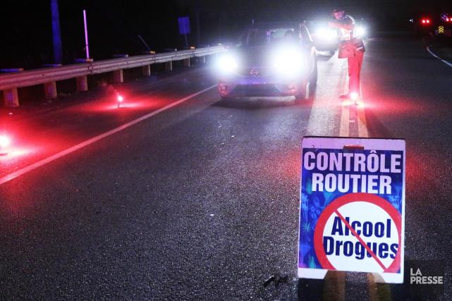 Deux multirécidivistes de l'alcool au volant ont pris mardi le chemin de la... (Archives La Presse)