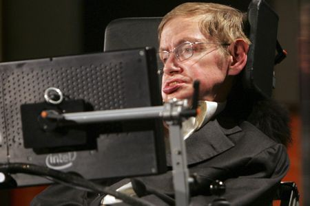 L'astrophysicien Stephen Hawking... (Photo archives Associated Press)
