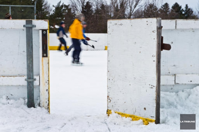 Ouvertes ou pas les patinoires extérieures à Sherbrooke? Des citoyens se sont... (Archives La Tribune, Jessica Garneau)