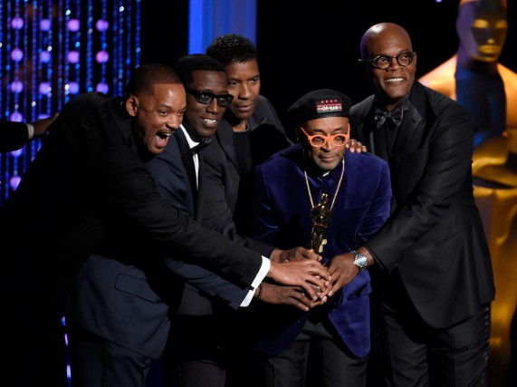Les acteurs Will Smith, Wesley Snipes, Denzel Washington... (PHOTO CHRIS PIZZELLO, ARCHIVES ASSOCIATED PRESS)