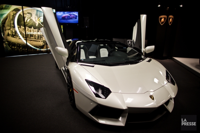 Lamborghini Aventador... (PHOTO ANDRÉ PICHETTE, LA PRESSE)