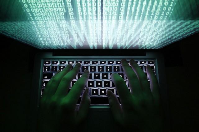 La loi ambitionne de protéger les réseaux chinois... (PHOTO KACPER PEMPEL, ARCHIVES REUTERS)