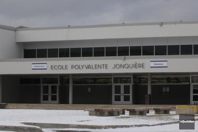 Les enseignants de Jonquière acceptent les offres patronales.... ((Archives Le Quotidien))