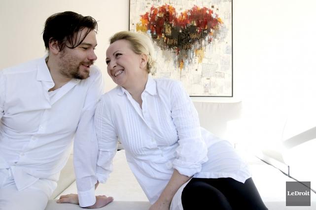 Dominik Sokolowki et sa femme Edith organisent un... (Patrick Woodbury, LeDroit)