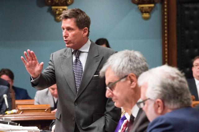 Pierre Moreau a soumis au premier ministre un... (Photo La Presse Canadienne)