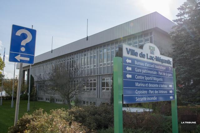 Le conseil municipal de Lac-Mégantic vient de donner... (Archives, La Tribune)