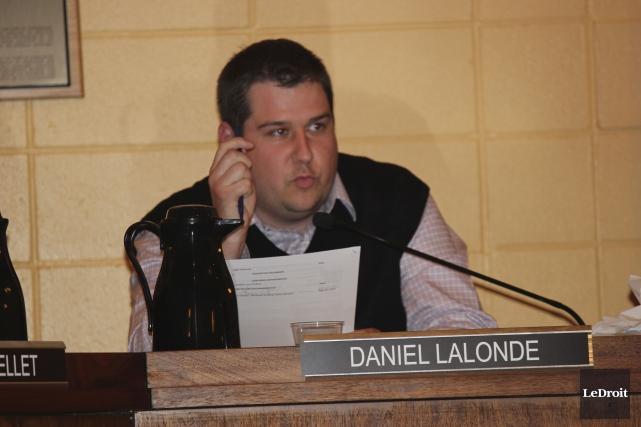 Le conseiller Daniel Lalonde suggère d'effectuer une étude... (Martin Brunette, LeDroit)