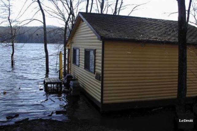 Le niveau de l'eau de la rivière Gatineau... (Archives, LeDroit)