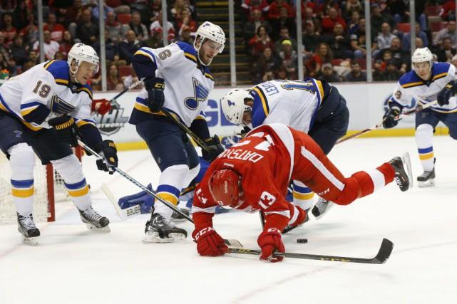 Alex Pietrangelo a obtenu deux mentions d'aide alors que les Blues de St. Louis... (Photo AP)