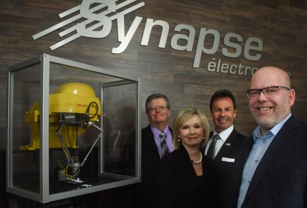 Plusieurs partenaires tenaient à souligner l'investissement chez Synapse... (François Gervais)