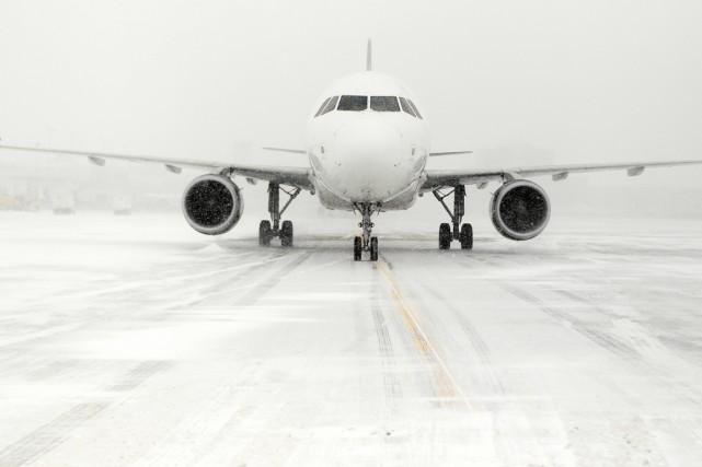La compagnie aérienne American Airlines a annoncé jeudi l'annulation de... (Photo d'archives)