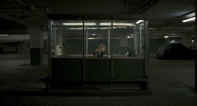Dans Endorphine d'André Turpin, le stationnement souterrain est... (Film séville)