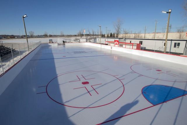 La patinoire extérieure sur la rue Réal-Proulx aura... (Stéphane Lessard)