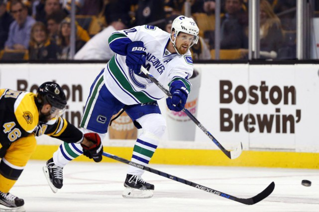 Daniel Sedin est devenu le meilleur buteur de... (Photo USA Today Sports)
