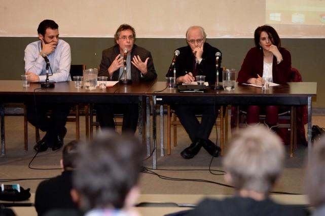 Haroun Bouazzi, Stéphane Courtois, Daniel Baril et Djemila... (François Gervais)