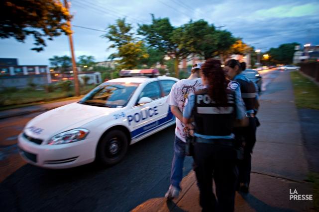 La violence conjugale a nettement diminué en 10... (PHOTO PATRICK SANFAÇON, LA PRESSE)
