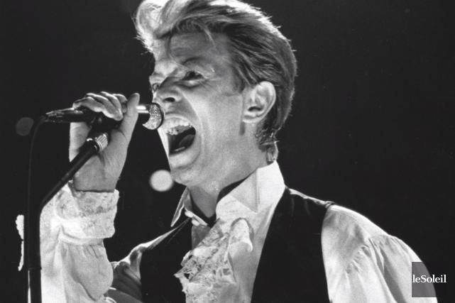 David Bowie en 1990... (Archives Le Soleil, Patrice Laroche)