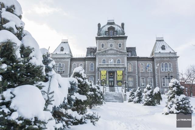 Des élus municipaux de Sherbrookedoivent joindre un mouvement provincial à... (Archives La Tribune, Frédéric Côté)