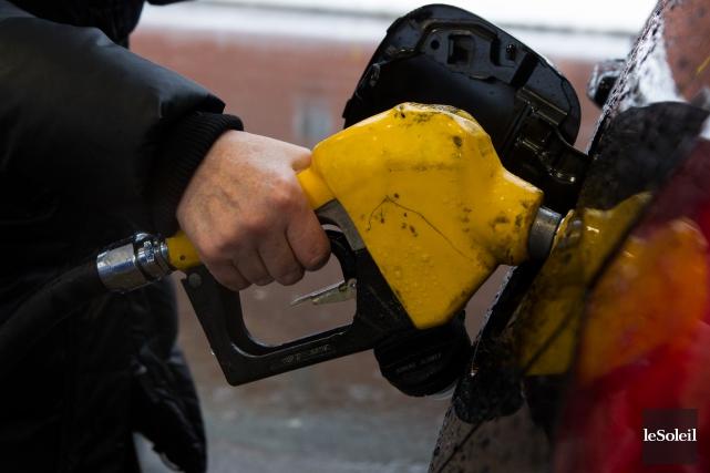 La chute du prix du pétrole brut malmène... (Photothèque Le Soleil, Caroline Grégoire)
