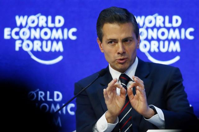 Le président mexicain Enrique Peña Nieto, à Davos,... (PHOTO RUBEN SPRICH, REUTERS)