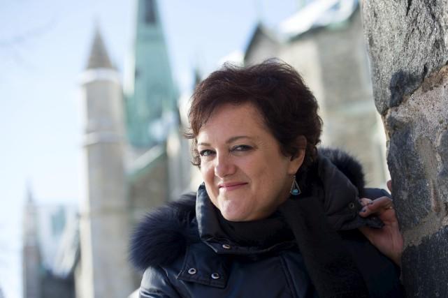 À 51 ans, Manon Brunet respire le bonheur... (Stéphane Lessard)