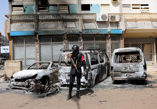 L'attentat de Ouagadougou, dans lequel six Québécois ont... (Photo Joe Penney, Reuters)