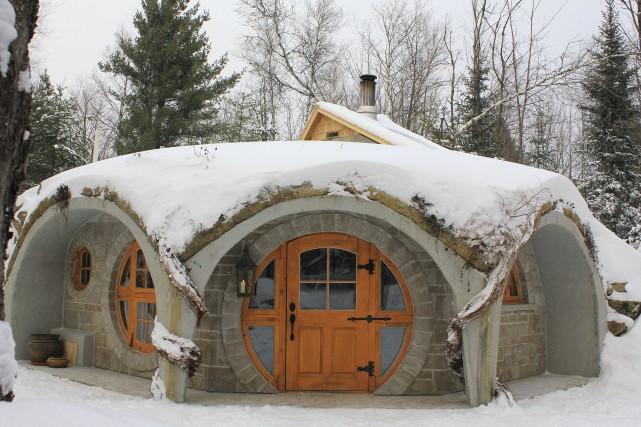 Premier habitat troglodytique en location au Québec, Le... (Photo fournie par Entre Cîmes et Racines)
