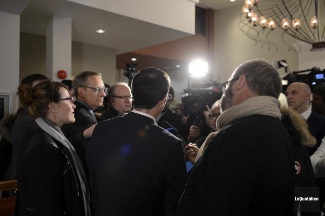 Stéphane Bédard, lors du caucus de l'aile parlementaire... (Archives Le Quotidien)