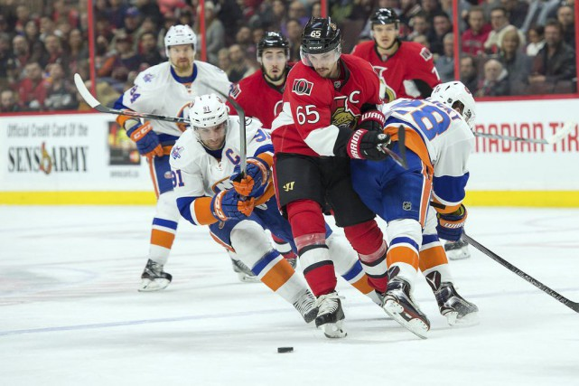 John Tavares (91) et Erik Karlsson (65)... (Photo Marc DesRosiers, USA TODAY Sports)